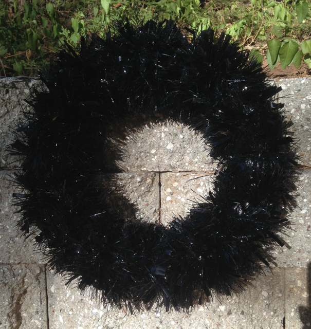 The fluffed up wreath.