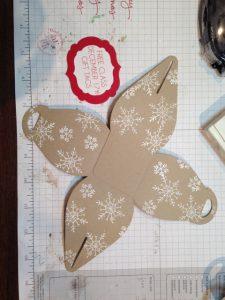 Curvy Keepsake Box Thinlits Dies + White Craft Ink, White Embossing Powder