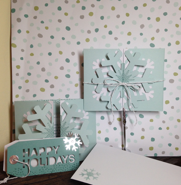 Finished card and tags from the Simply Snowflake November My Paper Pumpkin Kit
