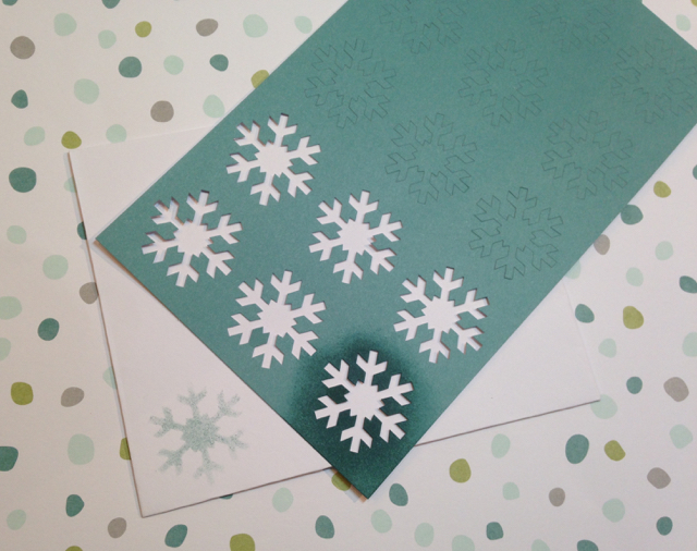 Stenciling the envelope for the Simply Snowflake November My Paper Pumpkin Kit