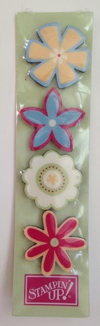 SU! FLOWER MAGNETS, set of 5
