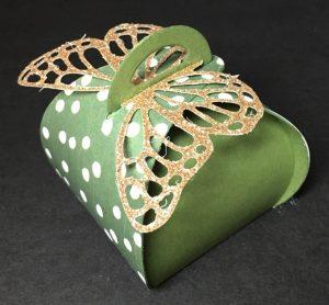 Reese's Curvy Keepsakes boxes