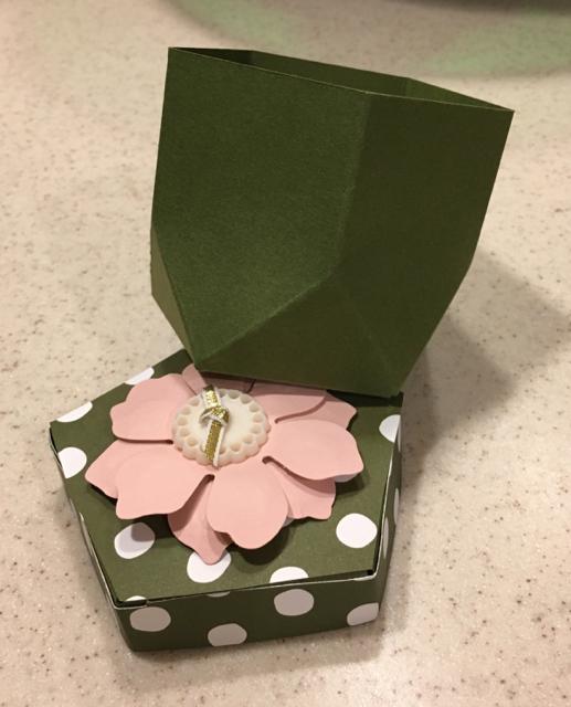 Sara's Gift Box Punch Board Box