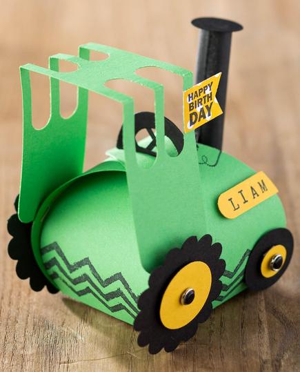Curvy Keepsakes Box Tractor