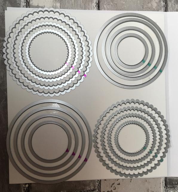 Layering Circles Framelits