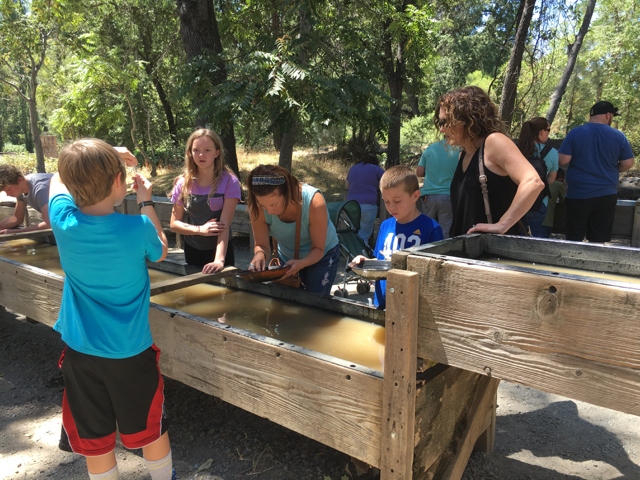 gold panning in Columbia State Park
