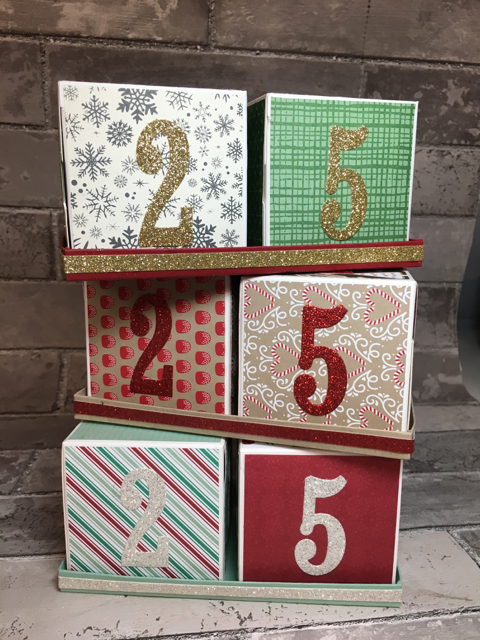 Trimmed Countdown to Christmas Cubes