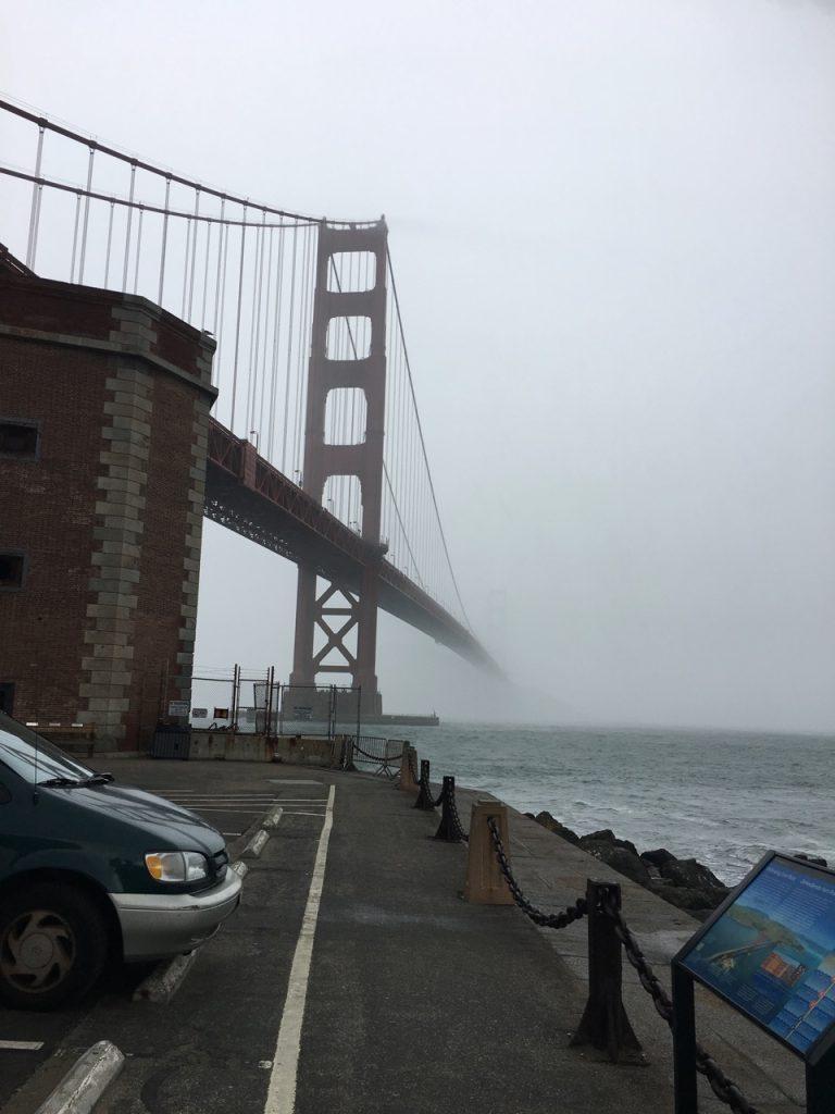 Golden Gale bridge - fog in