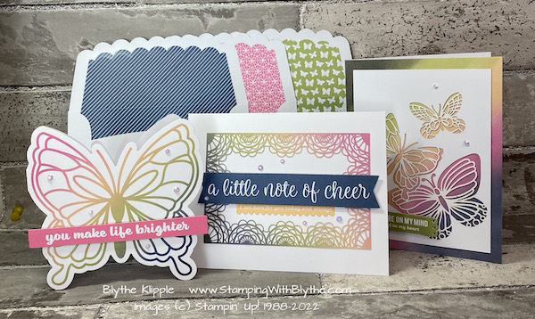 Coordinating envelopes add another bit of charm